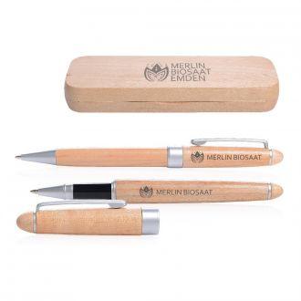 Schreibset bestehend aus Kugelschreiber und Tintenroller im Holzetui