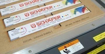 Bedruckte Zollstöcke in Druckerei Hach GmbH & Co KG